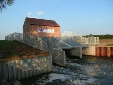 Pershore Weir – 224 kW Twin Arhimedes Screws